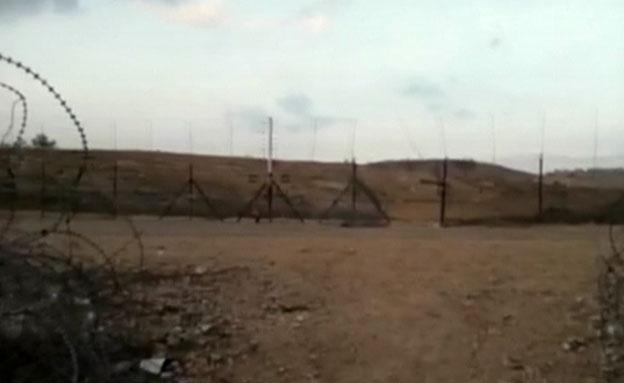 צפו בגדר הפרוצה (צילום: חדשות 2)