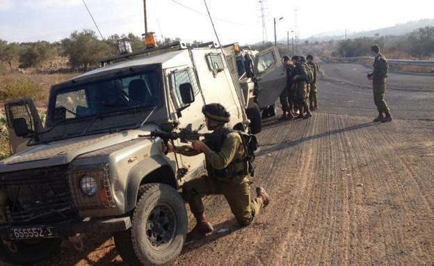 """חיילי גדוד נחשון בפעילות (צילום: שי לוי, פז""""ם)"""