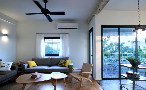 בית ונוי מתיחת פנים סלון מרפסת למעלה (צילום: איתי גדרון)