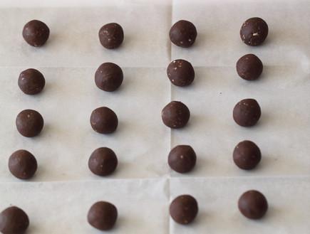 עוגיות סנדוויץ' שוקולד שלב שני
