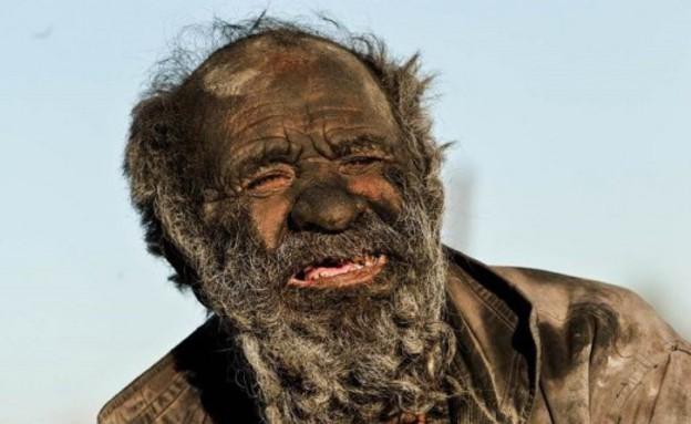 לא התקלח 60 שנה (צילום: IRNA)