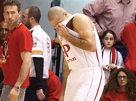 לימונד. הפציעה הכריעה את המשחק (אלן שיבר) (צילום: ספורט 5)
