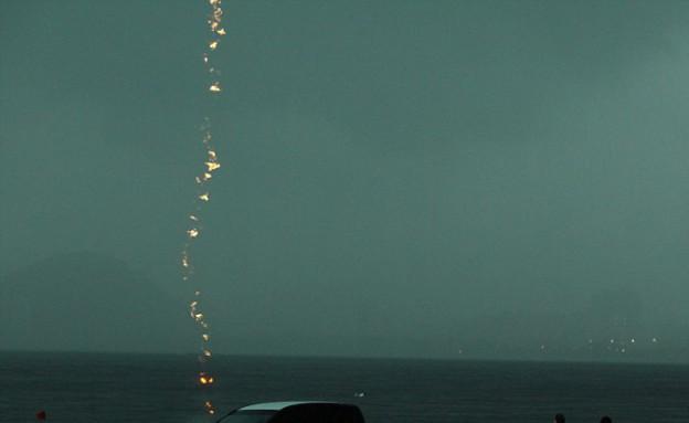 פגיעת ברק (צילום: רוג'ריו סוארס)