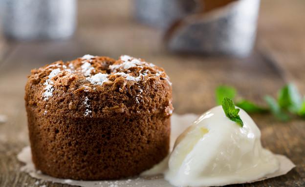 עוגת שוקולד אישית, חמה ונוטפת שוקולד (צילום: בני גם זו לטובה, אוכל טוב)