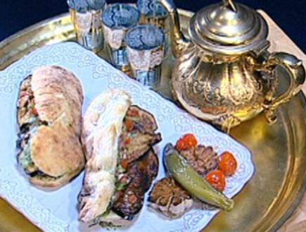 סנדוויץ' בשר בקר של דקלה ממן (תמונת AVI: mako)