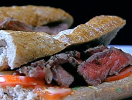 סנדוויץ' סינטה צרובה של בני להט (תמונת AVI: mako)
