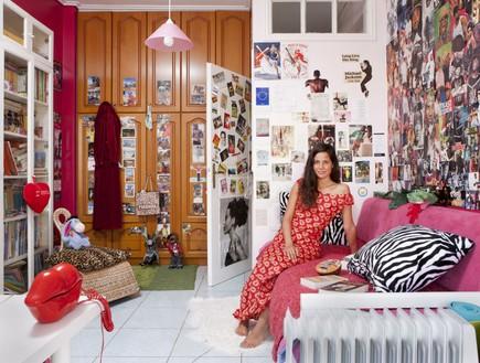 Greece-Eugenie-מראות וחלונות,