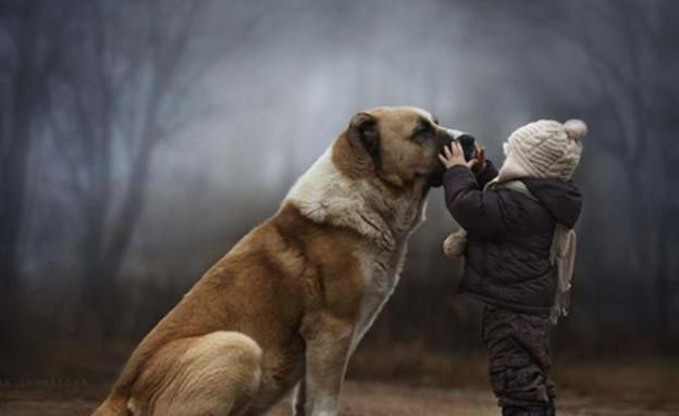 ילדים וחיות (צילום: אלנה שומילובה, צילום מסך)