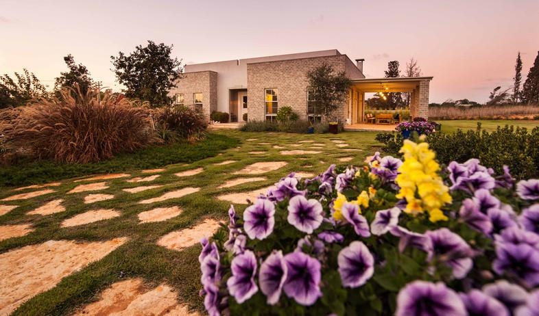 גינות, מיה חצר פרחים, צילום גלעד רדט (צילום: גלעד רדט)