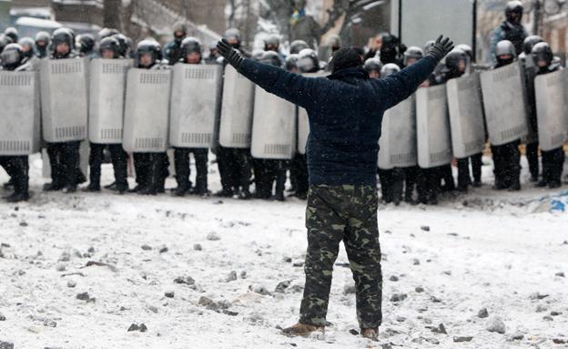 נמשכות המהומות באוקראינה (צילום: רויטרס)