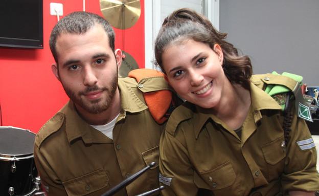 """דניאל ושי אריאלי (צילום: דודי אייזנטל, עיתון """"במחנה"""")"""