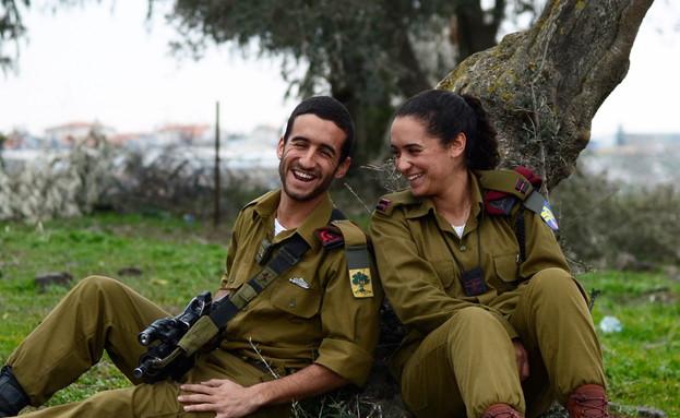 """בן ובר שאקיר (צילום: יעל שלח, עיתון """"במחנה"""")"""