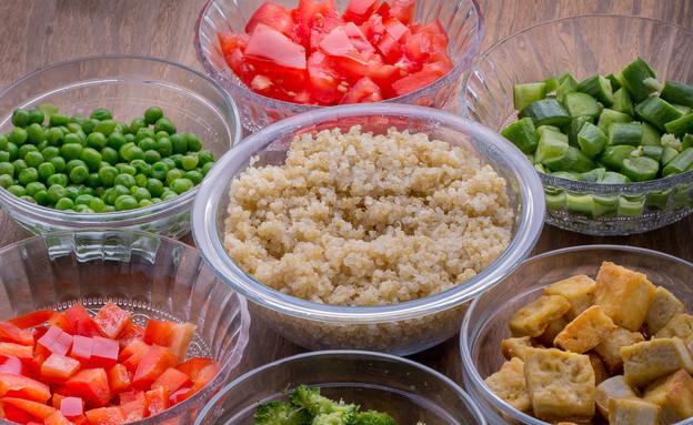 מנת ירקות להרכבה עצמית (צילום: דרור קליש)