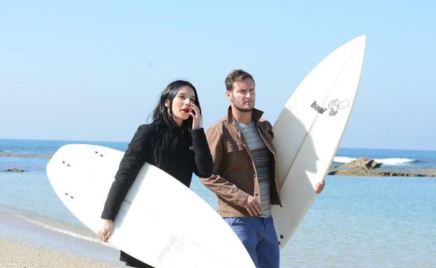 יאנה ואנחל שוברי גלים (צילום: שרון רביבו)