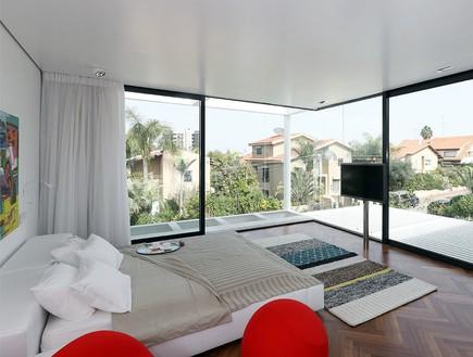 מרק טופלסקי חדש, חדר שינה חלונות