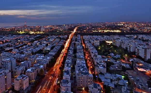 בתים עם נוף, תל אביב חושך, צילום איתי סיקולסקי (צילום: איתי סיקולסקי)