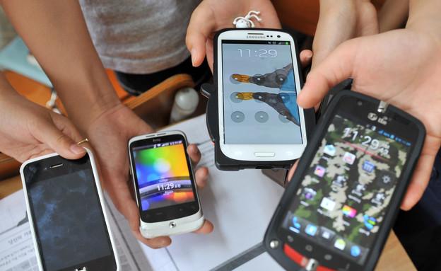 גניבת סלולריים מילדים (צילום: JUNG YEON-JE, GettyImages IL)