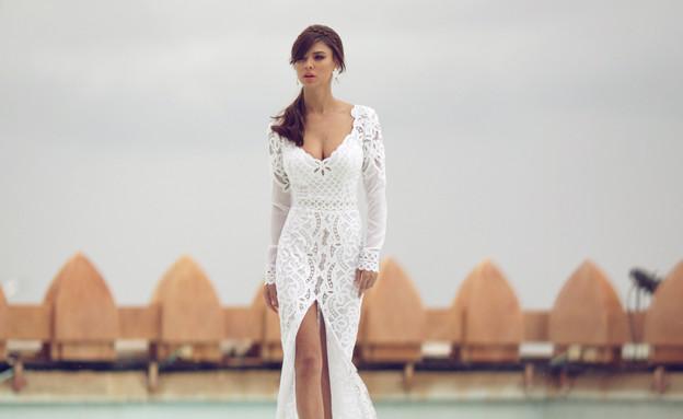 רוסלנה רודינה בשמלת כלה (צילום: אלכס ליפקין,  יחסי ציבור )