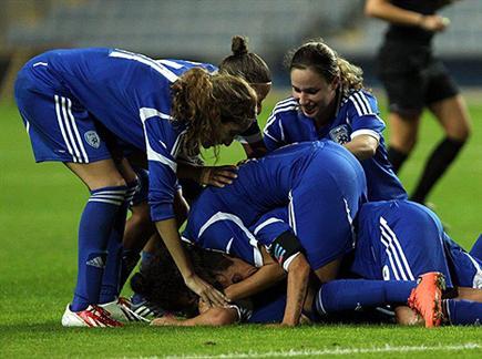 נבחרת הנשים. יקבלו פיצויים? (עודד קרני, ההתאחדות לכדורגל) (צילום: ספורט 5)