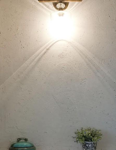 אביטל לור, מקלחת תאורה גובה