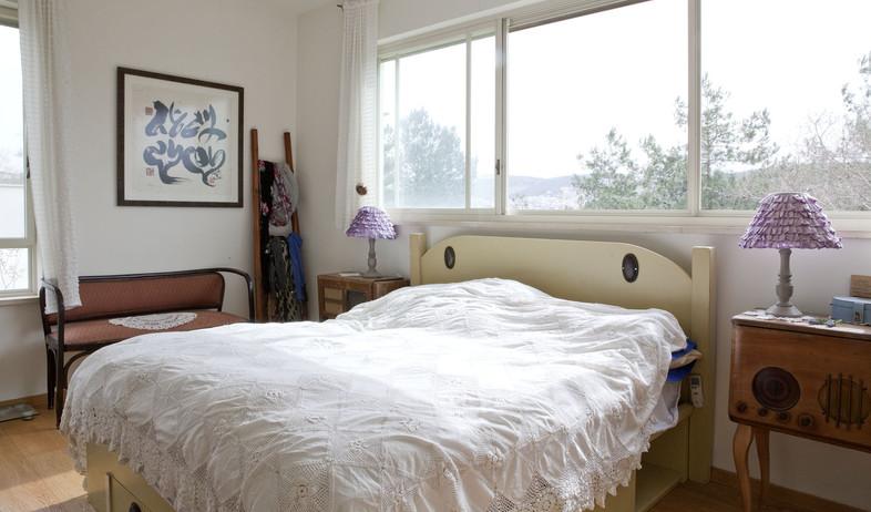 שמשית, חדר שינה (צילום: הגר דופלט)
