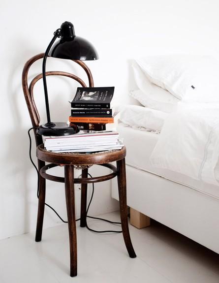 שידה ממוחזרת, כיסא (צילום: lovelylife.se)