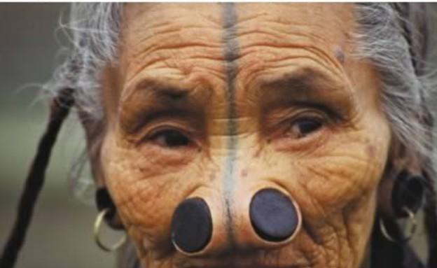 עיוותי גוף בתרבות (צילום: oddee.com)