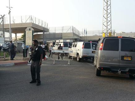 כוחות ביטחון באזור הכלא, היום