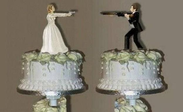 עוגות גירושים - יריות (צילום: pinterest.com, צילום מסך)