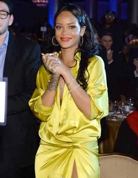 ריהאנה- סייד מפשעה