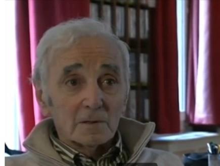 שארל אזנבור בחדשות 2 (צילום: חדשות 2)