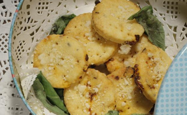 עוגיות מלוחות עם נגיעות צ'ילי של איתן סלומון (צילום: דניאל בר און)