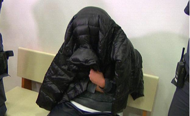 צפו בריאיון עם בעלה של הנאשמת (צילום: חדשות 2)