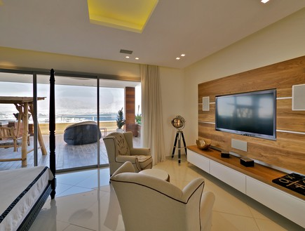 הבית באילת, חדר טלוויזיה