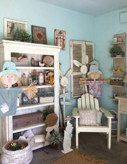 חנויות סודיות, ליאת בלזר, פינות בובות גובה, צילום דנה טיבר