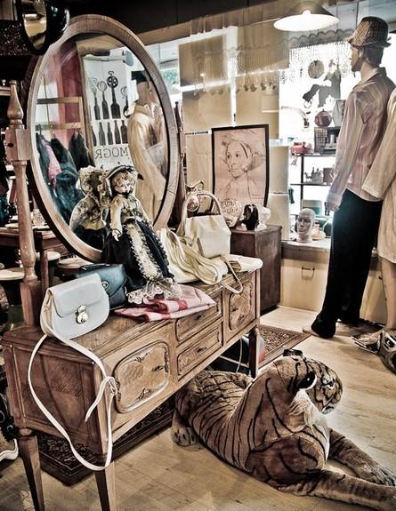 חנויות סודיות, חדווה מוגרבי, מראה גובה, צילום שרון וקס