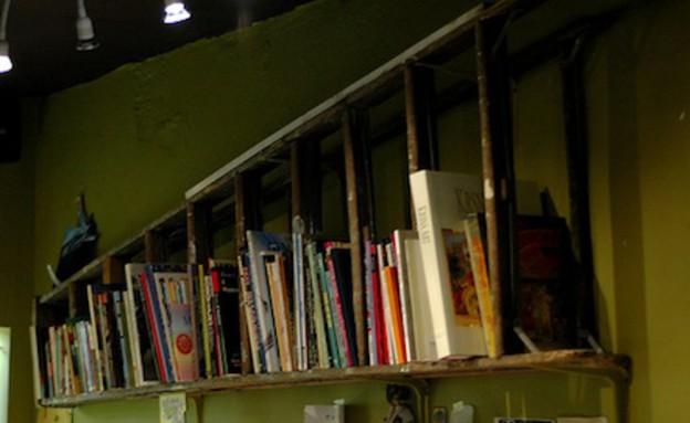 f Poetic Homeפטנטים ממוחזרים, סולם ספרים (צילום: f Poetic Home)