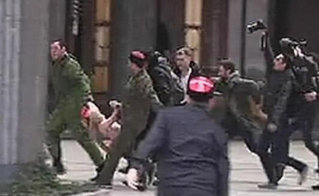 צפו: כך ייעשה למפגינות נגד פוטין (צילום: חדשות 2)