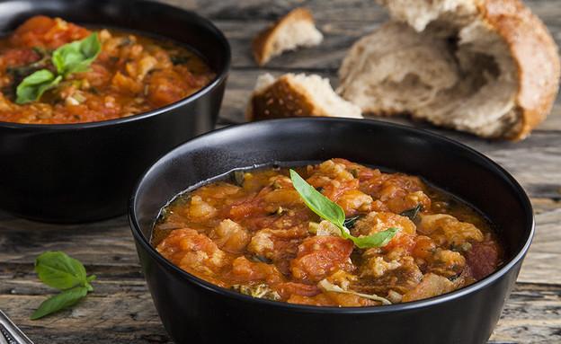 מרק עגבניות ולחם (צילום: אסף אמברם, אוכל טוב)