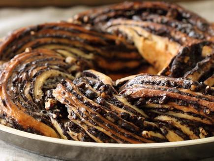 קראנץ שוקולד ואגוזי לוז (צילום: חן שוקרון, מתוקים שלי)