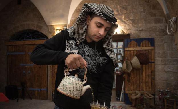 קפה באדר חאן (צילום: אריק סאלין)