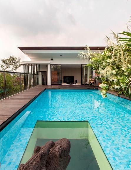 בית חלומות סינגפור, בריכה גובה