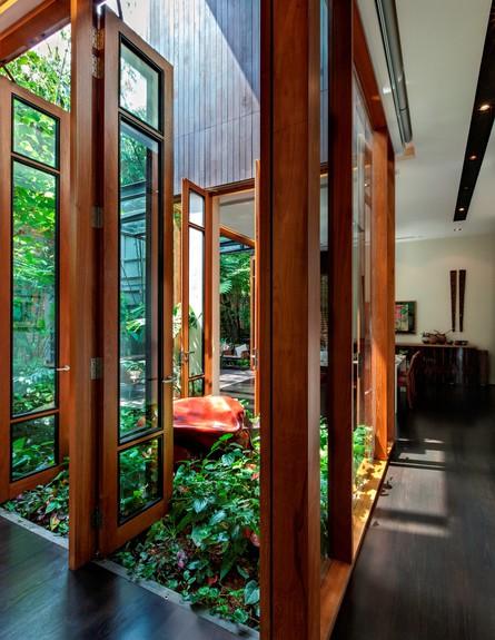 בית חלומות סינגפור, פינת אוכל חלונות גובה