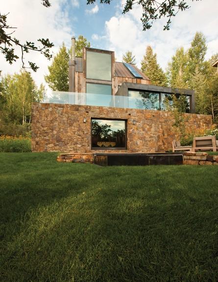 תחרות אדריכלים, לה לונה, מדשאה
