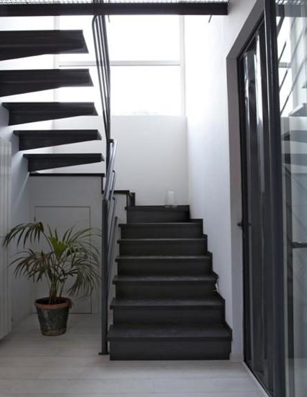 קונטיינרים חדש, בית אינפינניסקי מדרגות גובה, צילום (צילום: Pablo Sarabia)