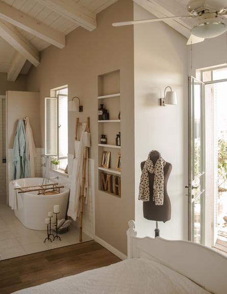 מרב חביב, חדר שינה מבט גובה (צילום: גלעד רדט)