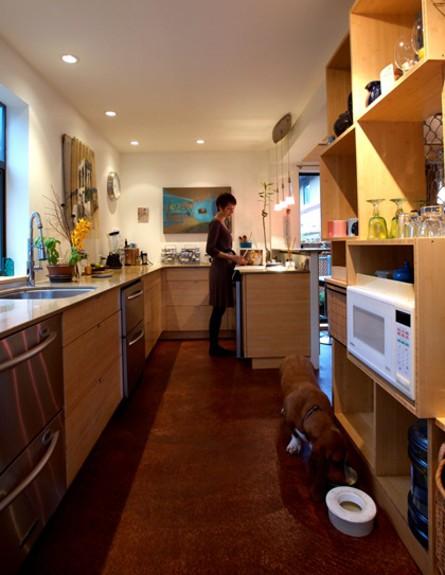 קונטיינרים חדש, זיגלו מטבח גובה, צילום  Nik West  (צילום: Nik West)