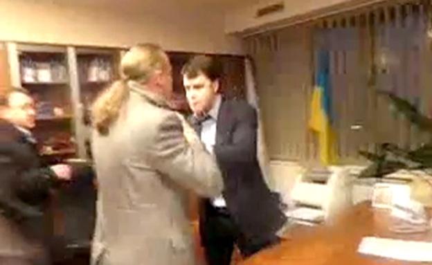 """נאום פוטין ש""""הדליק"""" את האוקראינים (צילום: מתוך יוטיוב)"""