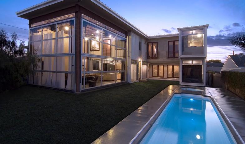 קונטיינרים חדש, בית החוף ברדונדו גובה, צילום DeMa (צילום: DeMaria Design Assoc)