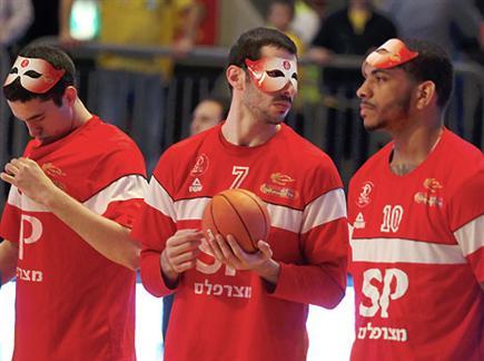 אריאלי. מכת פציעות בהדר יוסף (אלן שיבר) (צילום: ספורט 5)